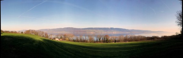 Morning at lake Neuchatel / Matin au lac Neuchatel