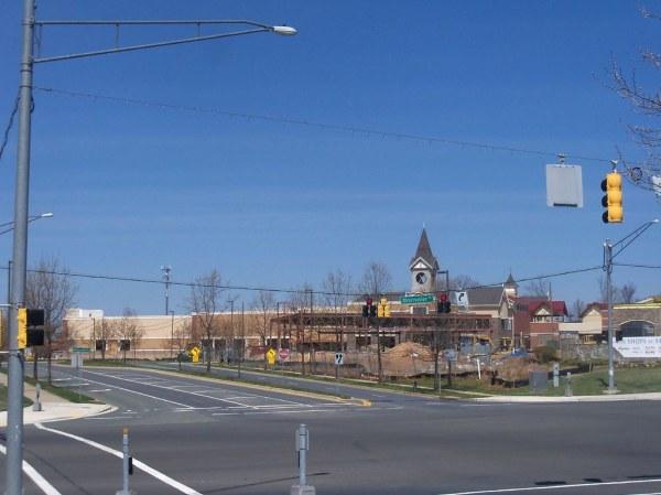 New Wegmans store and shopping center, under construction ...