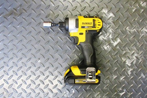 Electric Impact Driver with Socket