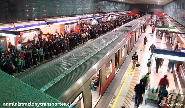 Metro de Santiago | Vicente Valdés (L4) | Alstom AS2002 R4469 (Hora Punta - Ruta Roja)