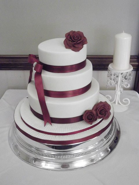 Isobella 3 Tier Burgundy Themed Wedding Cake Flickr