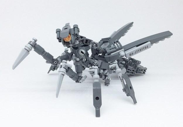 LEGO Mech Mantis-02