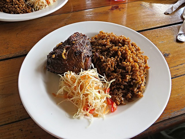 lunch at blue mountain, blue mountain bicycle tour, jamaican food, the best jamaican food, best things to eat in jamaica, blue mountain