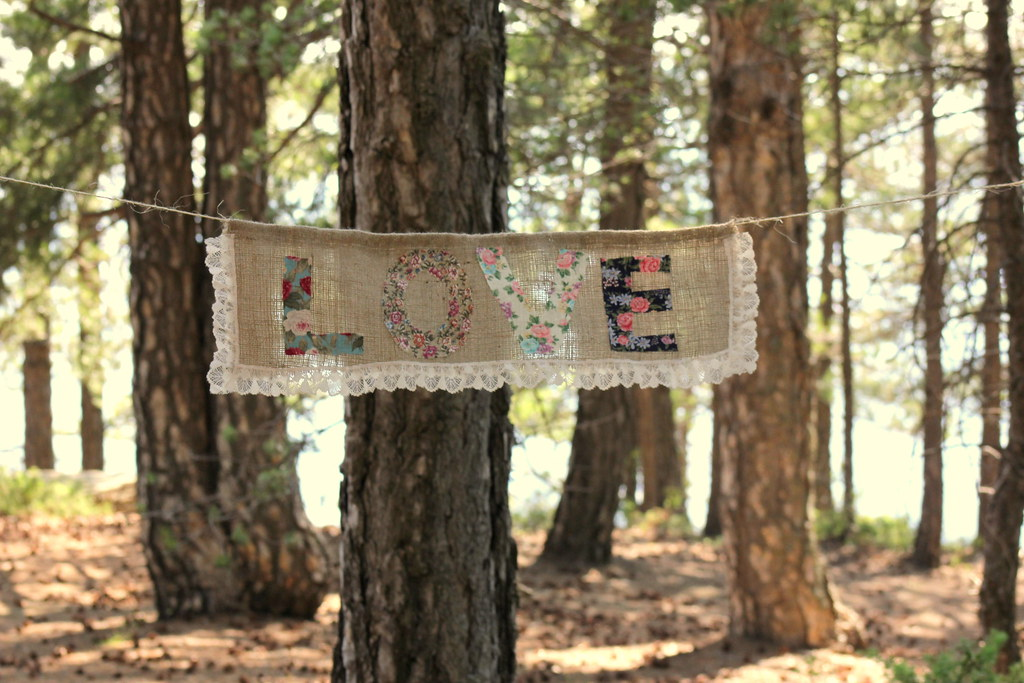 BURLAP LOVE BANNER With Floral Letters And Creme Ruffle La
