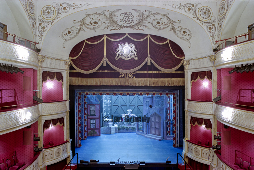 01 Bath Theatre Royal 15 Bath Theatre Royal The Theatre