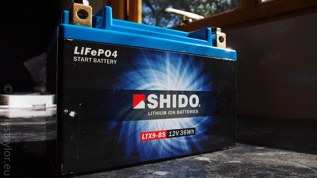 rf900 motorcycle lithium ion battery
