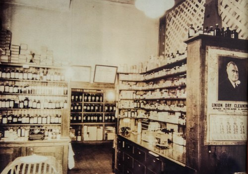 Vanderford Drug Store in Buffalo-002