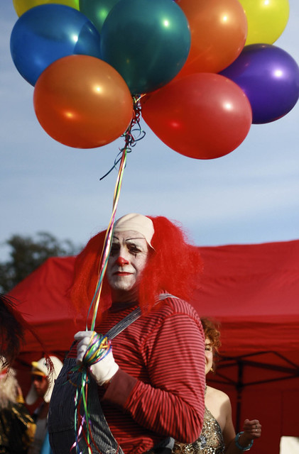 Playgroup Festival 2012 Scary Clown With Balloons Flickr Photo Sharing