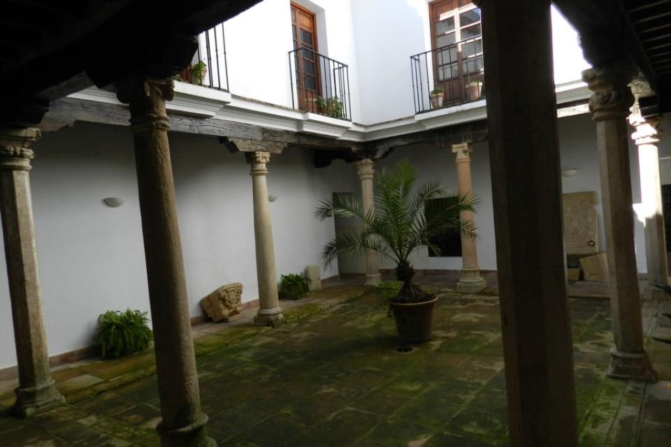 patio interior Museo Municipal Palacio Mondragon Ronda Malaga 07