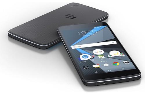En el 2016 BlackBerry dijo adiós a la fabricación de sus propios dispositivos para ofrecerlos tercerizados, cobrando royaltys por ello.