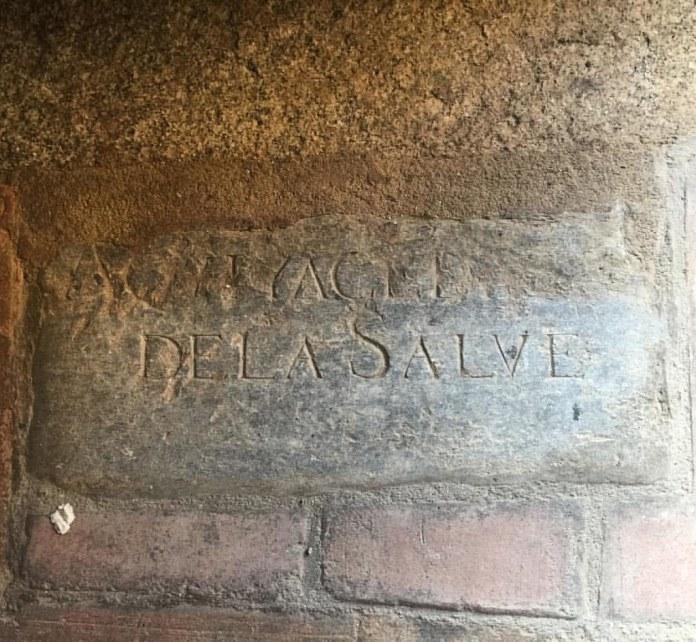 Aquí yace Diego de la Salve, lápida en Iglesia de San Lucas