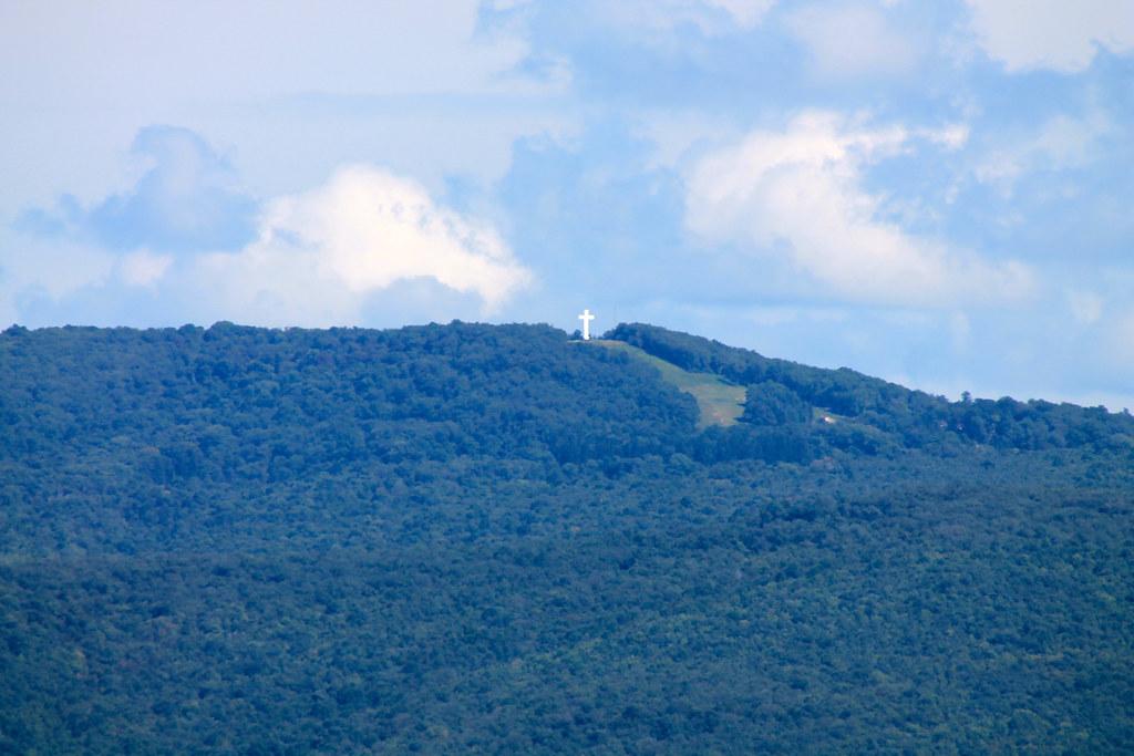 Jumonville Cross Atop Chestnut Ridge Uniontown Pa Flickr