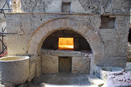 Risultati immagini per forno pompei