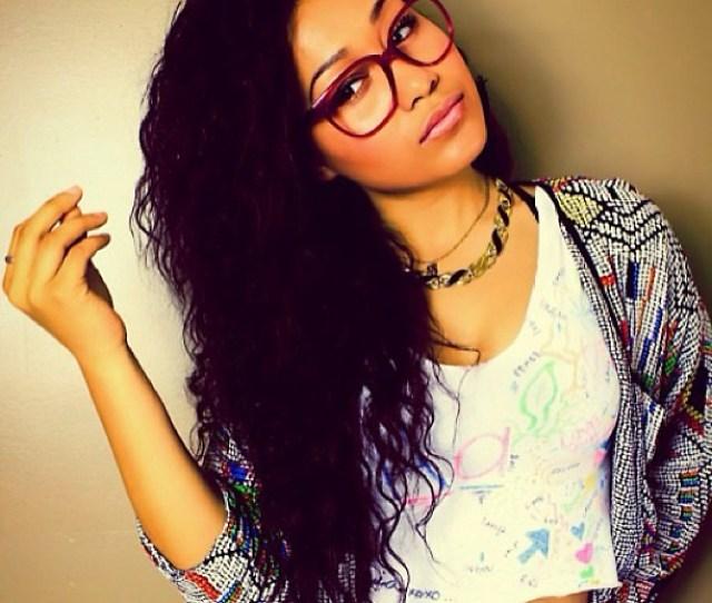 Beautiful Girl Peurty Curly Hair Perfect Vintage Nerd
