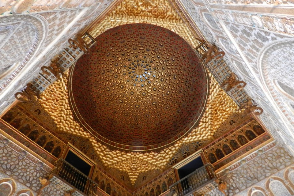 techo Salon de Los Embajadores Real Alcazar Sevilla 02