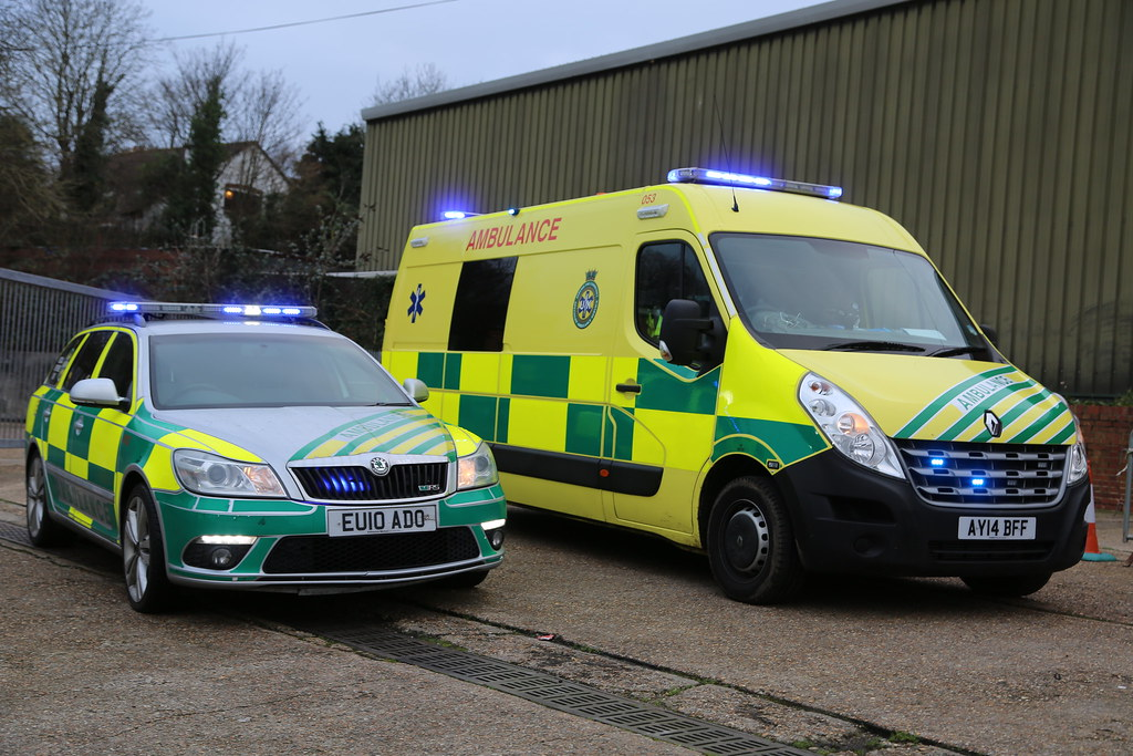 AY14 BFF 053 UK Specialist Ambulance Service Emergen Flickr