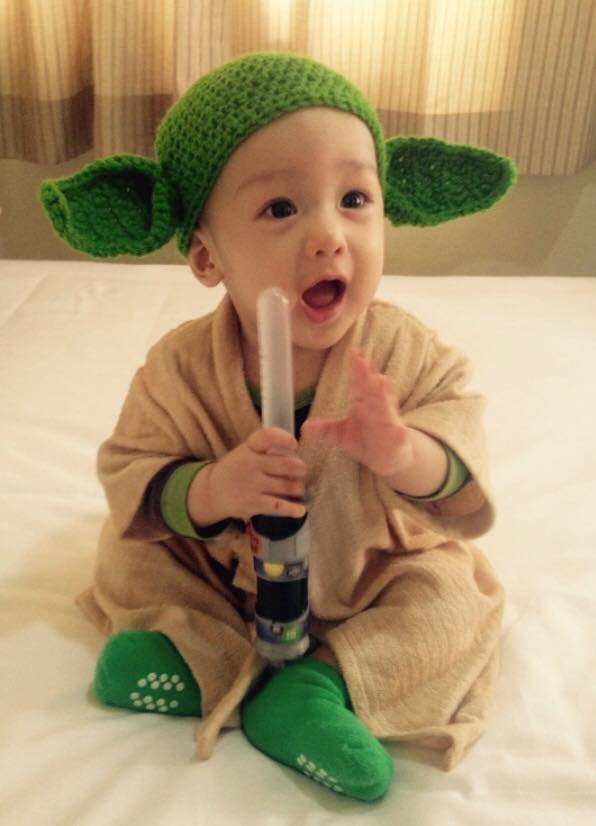 DIY Halloween Costume Yoda