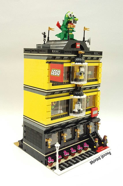 LEGO Certified Store MOC - by Shirley Yoong