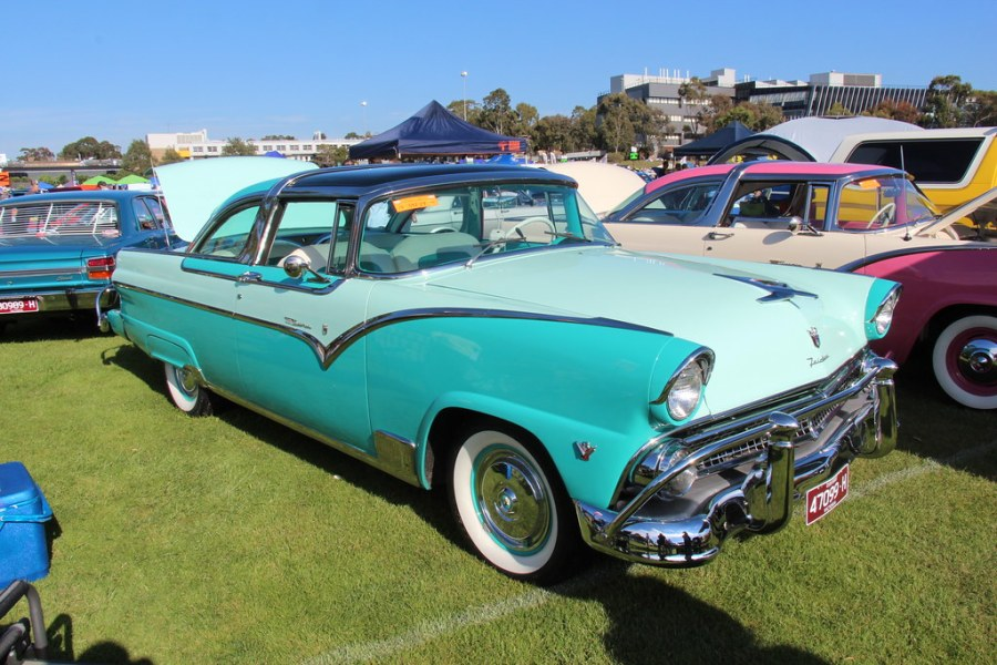 1955 ford cars » 1955 Ford Fairlane Crown Victoria Skyliner   Mountain Green       Flickr     1955 Ford Fairlane Crown Victoria Skyliner   by Sicnag