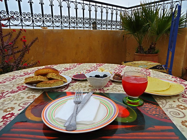 breakfast with a view, dar chraibi, six week morocco itinerary, backpacking morocco, solo female travel morocco