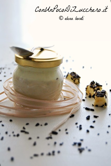 Mousse di ricotta e cioccolato ai marshmallows