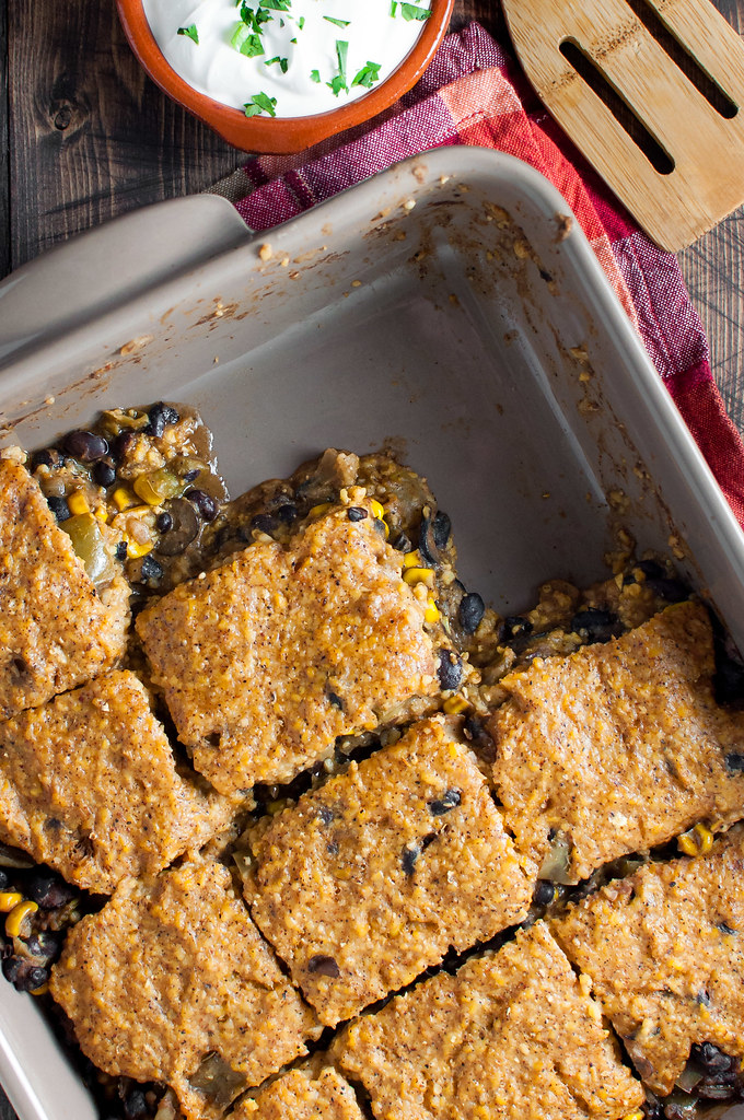 Gluten-free healthy tamale pie with black bean filling