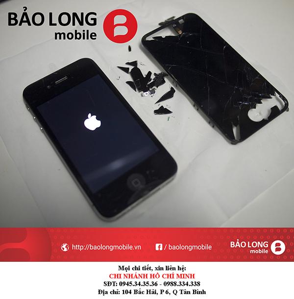 Làm sao để khách hàng có thể xài iPhone 4 tối ưu?