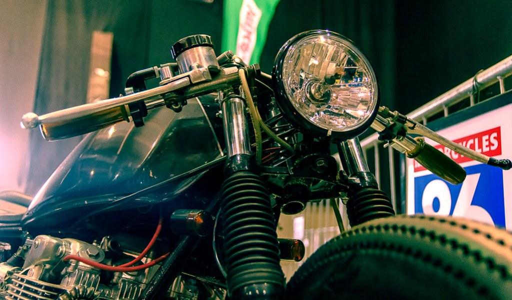 cafe racer Exposición zero300