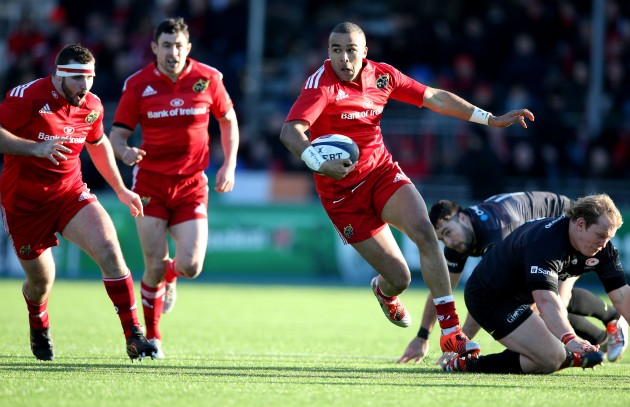 Simon Zebo makes a break