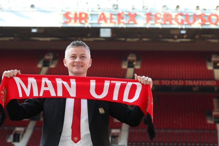 Image result for ole gunnar solskjaer  GIGGS REVEALS THE ONLY THING MANCHESTER UNITED NOW NEED TO ENTER THE TOP FOUR ole gunnar solskjaer photocall old trafford 2 752x501