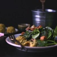 spinach salad + baked falafel balls