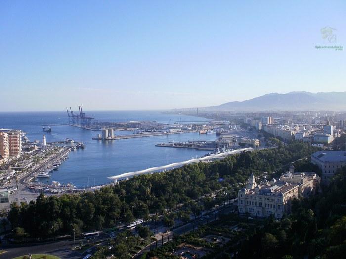Vista de Málaga desde la colina de Jabal-Faruk