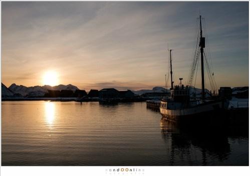 Zonsondergang in Laukvik (N) ISO200 - f/5,6 - 1/1100 - post-processing in Lightroom