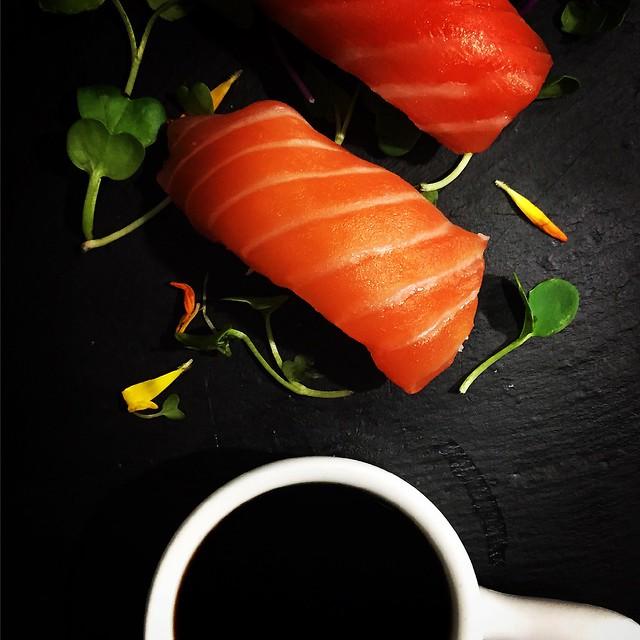 Niguiri de salmón