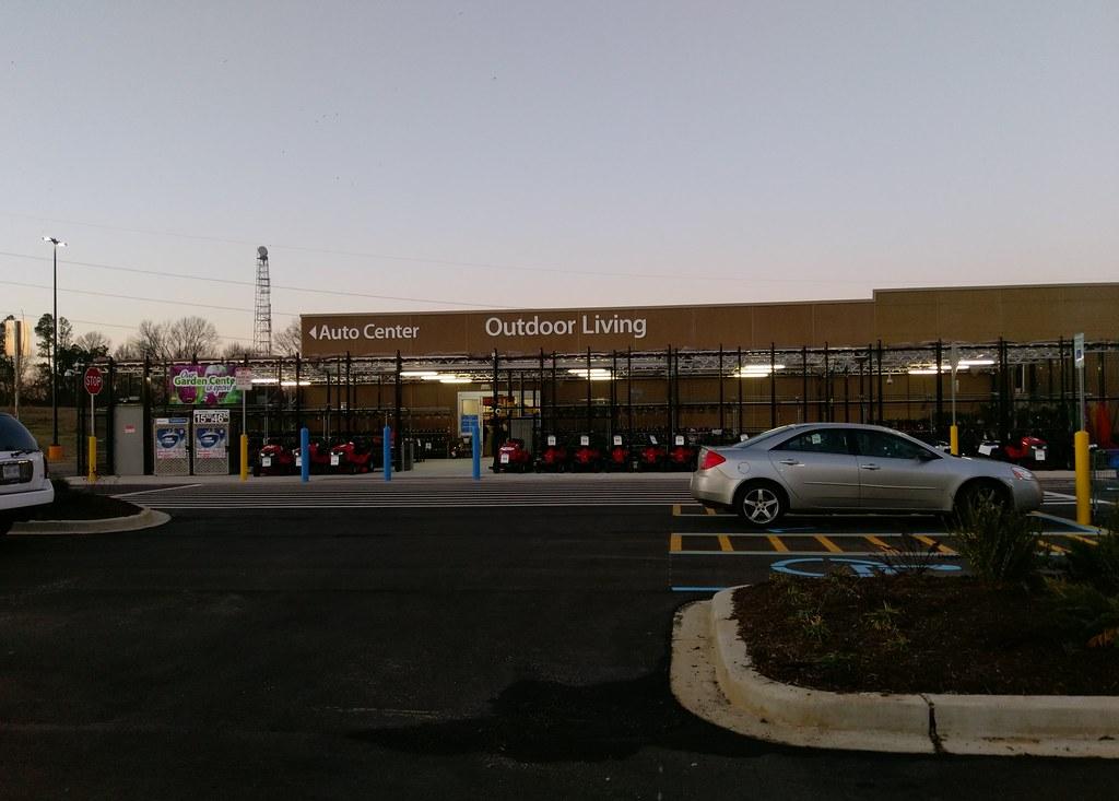 Horn Lake Walmart: Auto Center and Outdoor Living (again ... on Walmart Outdoor Living  id=73458