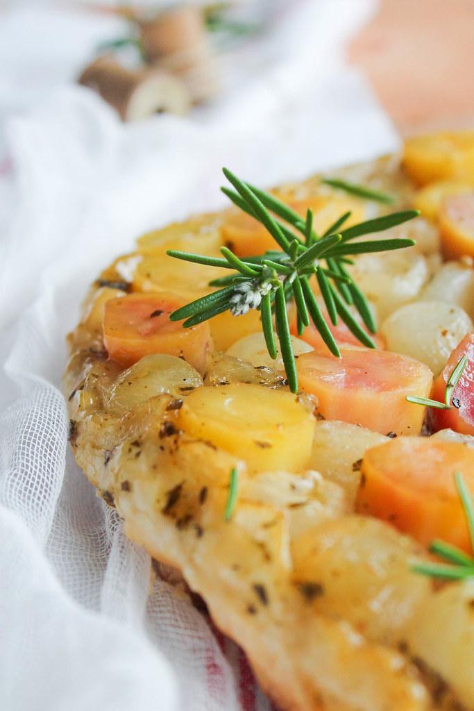 Tarte tatin de pommes de terre {vegan}