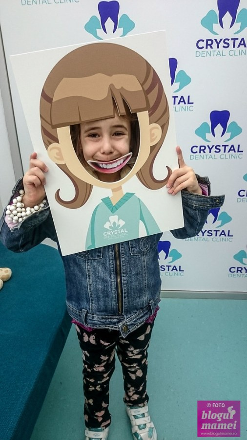 in vizita la clinica stomatologica crystal dental clinic