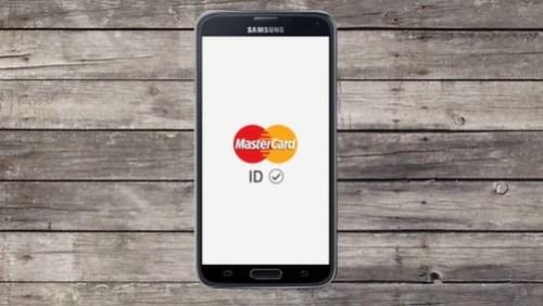La MasterCard Identity Check, funcionando en un dispositivo con Android OS: