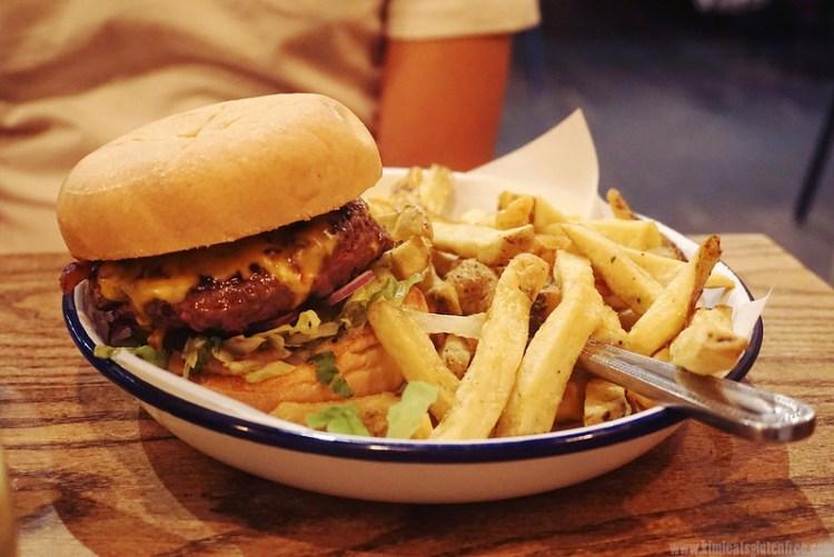 Gluten free free range burger and rosemary fries from Honest Burgers | Gluten free Notting Hill guide | Kensington | Bayswater | Ladbroke Grove | Portobello Market | West London | Gluten free London restaurants