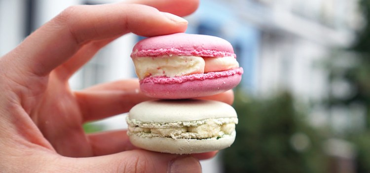 Gluten free macarons from Pearl and Groove in Notting Hill | Gluten free Notting Hill guide | Kensington | Portobello Market | Ladbroke Grove | Bayswater | West London | Gluten free bakery and cafe | Gluten free London