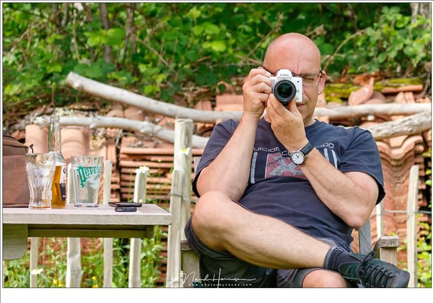 De Canon EOS M50 die ik tijdens de Masterclass Landschapsfotografie in de Auvergne uitgebreid heb gebruikt. (foto: Hetwie)