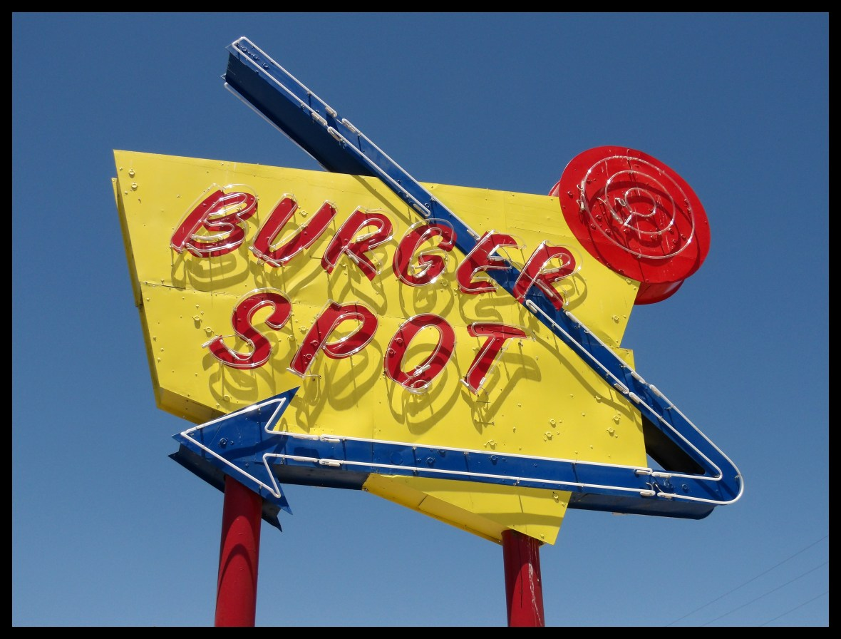Burger Spot - 208 West Tehachapi Boulevard, Tehachapi, California U.S.A. - June 30, 2018