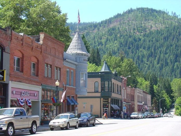 best places to visit in idaho