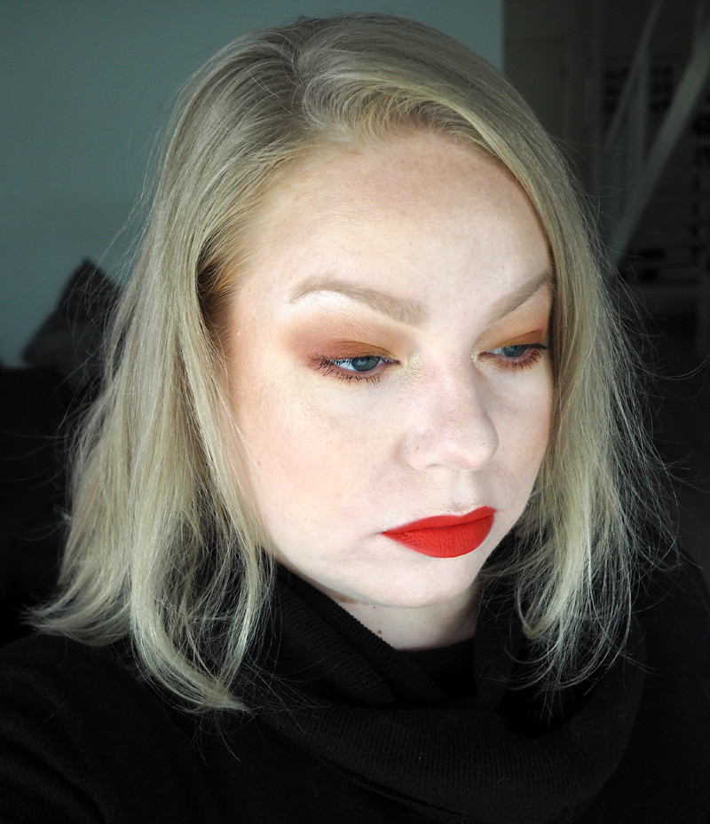 orange makeup smashbox thrill seeker