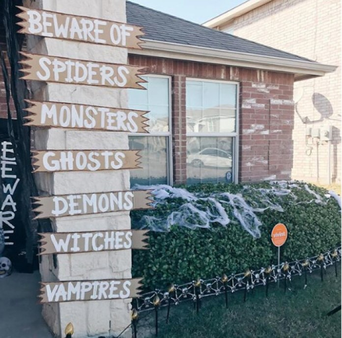 scariest halloween decorations ever