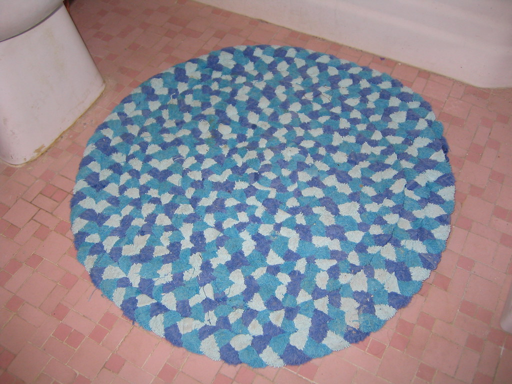 Braided Rug Made From Old Towels I Made This Rug From The Flickr