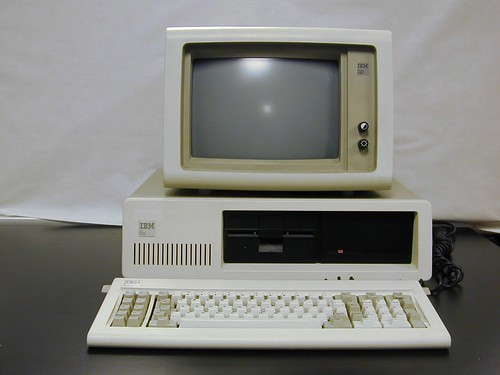 IBM se vio forzada por Jobs a lanzar su PC un 12 de agosto de 1981,