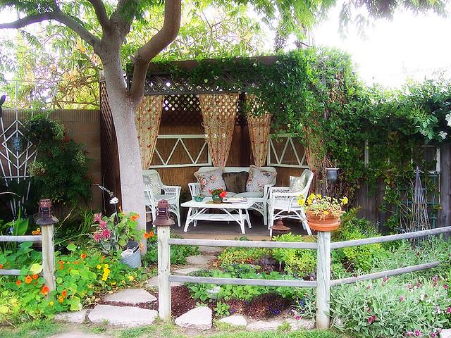 My dream garden! | HOLLY | Flickr on My Dream Patio  id=73058
