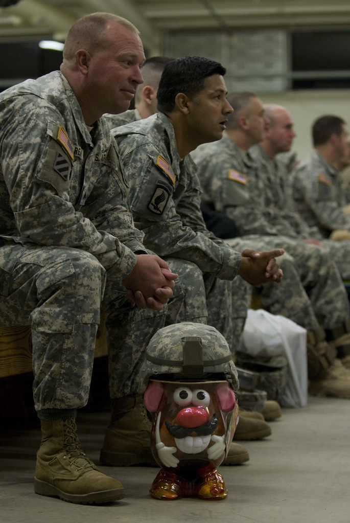 Www Army Mil Mr Potato Head Dons His Camouflage Helmet