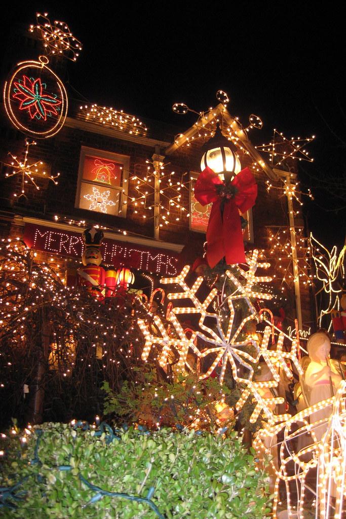 NYC Brooklyn Dyker Heights Christmas Lights 2008 Flickr